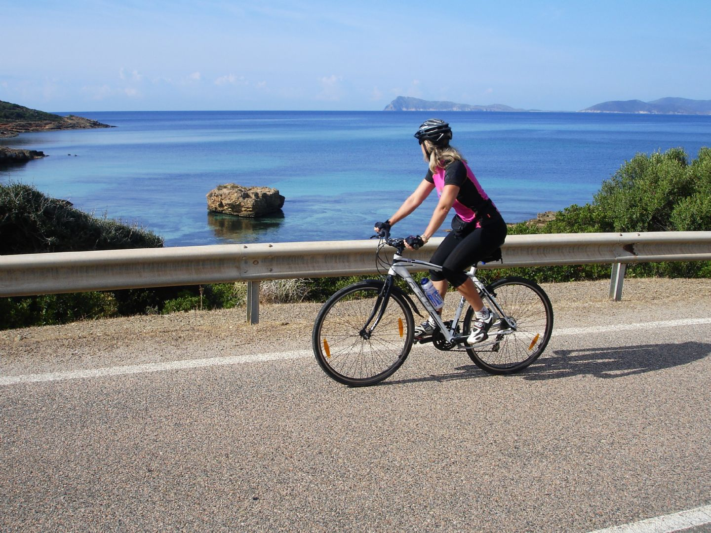 sardinialeisurecycling9.JPG - Italy - Sardinia - Coasts and Islands - Self-Guided Family Cycling Holiday - Family Cycling