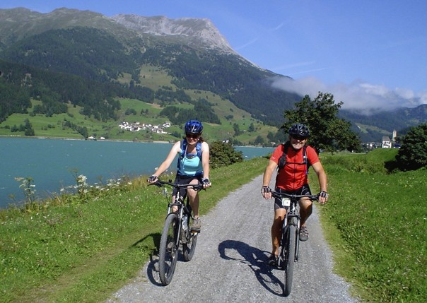 austriacycling2.jpg - Austria - Blue Danube - Linz to Vienna - Self-Guided Family Cycling Holiday - Family Cycling