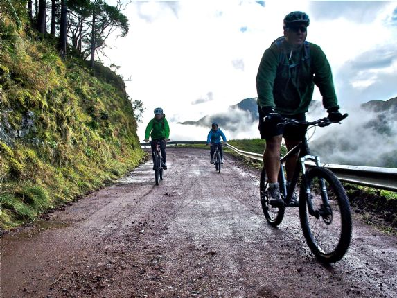 P2016613.JPG - The Azores - Azores Adventures - Guided Family Cycling Holiday - Family Cycling