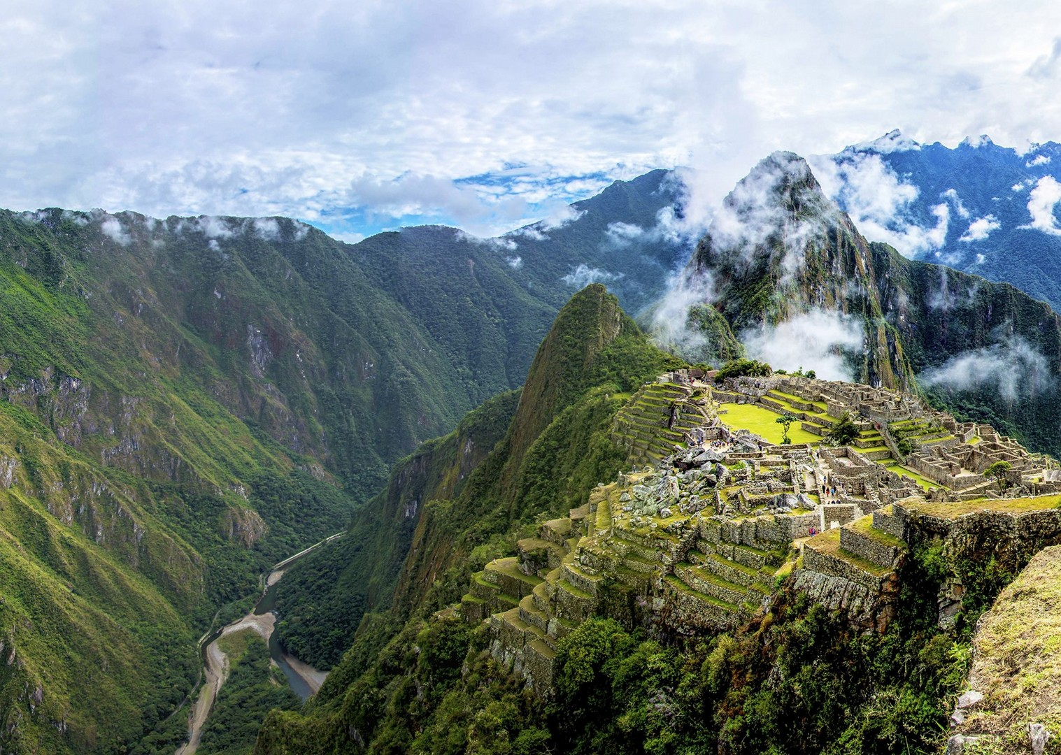 family-cycling-holiday-in-peru-skedaddle.jpg - Peru - Andean Adventure - Guided Family Cycling Holiday - Family Cycling