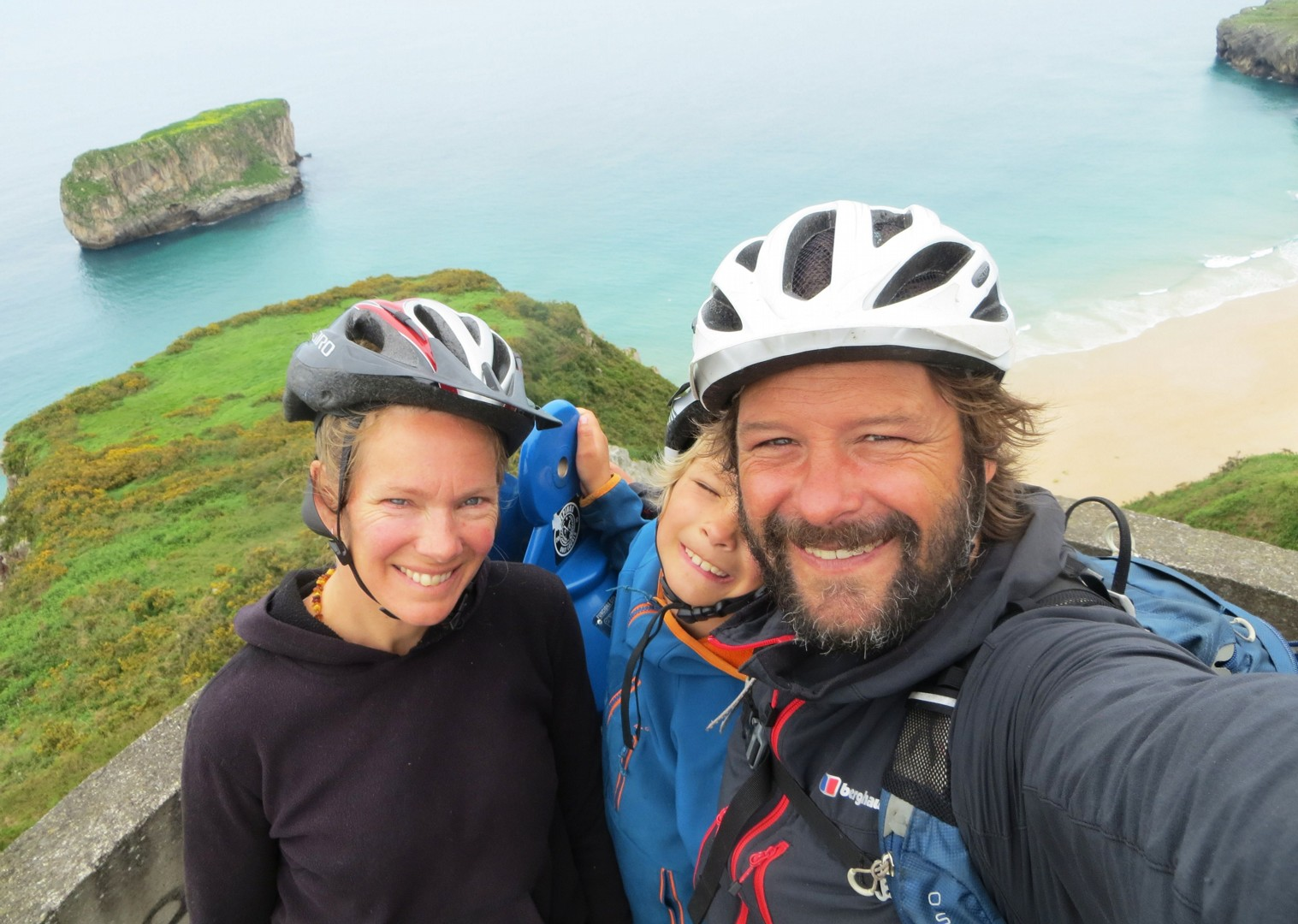 family-cycling-holiday-guides-northern-spain-coast.jpg - Spain - Asturian Coastal Ride - Guided Family Cycling Holiday - Family Cycling