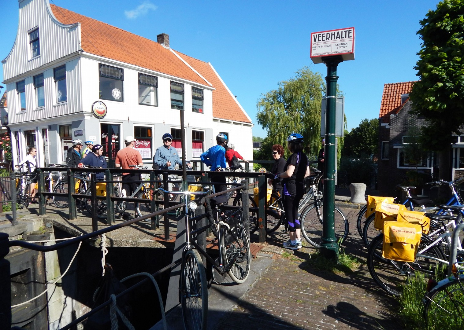zwanenwater-cycling-holiday-in-holland-bike-and-barge-holiday.jpg - Holland - Windmills and Golden Beaches - Bike and Barge Holiday - Family Cycling