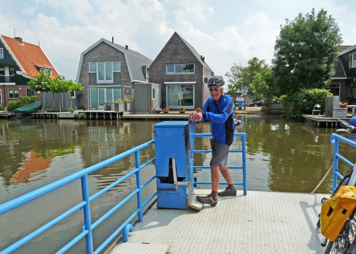 amsterdam-windmills-and-golden-beaches-bike-and-barge-holiday-in-holland.jpg - Holland - Windmills and Golden Beaches - Bike and Barge Holiday - Family Cycling