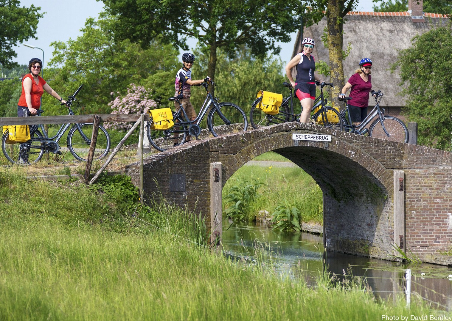 group-biking-routes-at-a-relaxed-pace.jpg - Holland - Windmills and Golden Beaches - Bike and Barge Holiday - Family Cycling