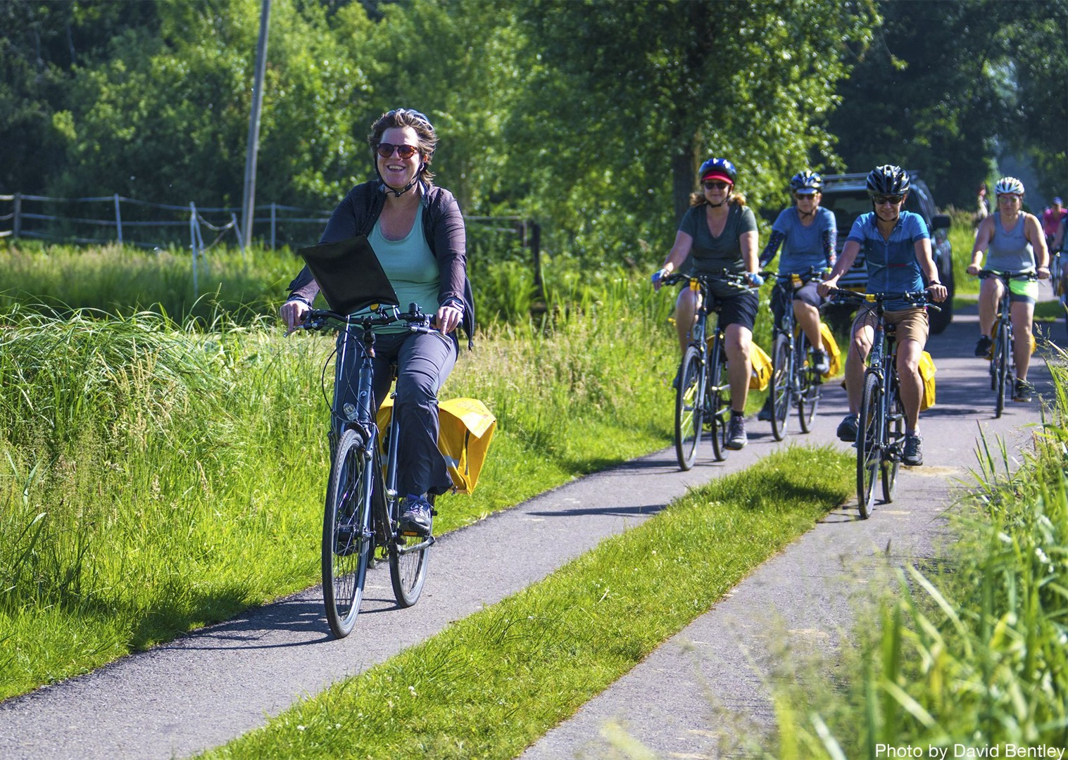 group-guided-rides-with-local-skedaddle-partners.jpg - Holland - Windmills and Golden Beaches - Bike and Barge Holiday - Family Cycling