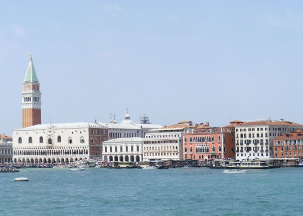 Venice-canal-Family-Cycling-Holiday-Lake-Garda-Venice-Italy.jpg - Italy - Lake Garda to Venice - Self-Guided Family Cycling Holiday - Family Cycling