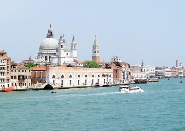 Family-Cycling-Holiday-Lake-Garda-Venice-Italy-Pallestrina-Island.jpg - Italy - Lake Garda to Venice - Self-Guided Family Cycling Holiday - Family Cycling