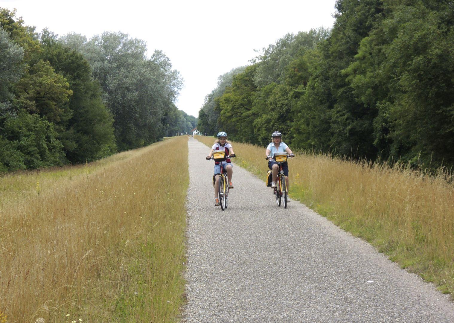 viennatobudapest4.jpg - Austria, Slovakia and Hungary - Vienna to Budapest - Self-Guided Family Cycling Holiday - Family Cycling