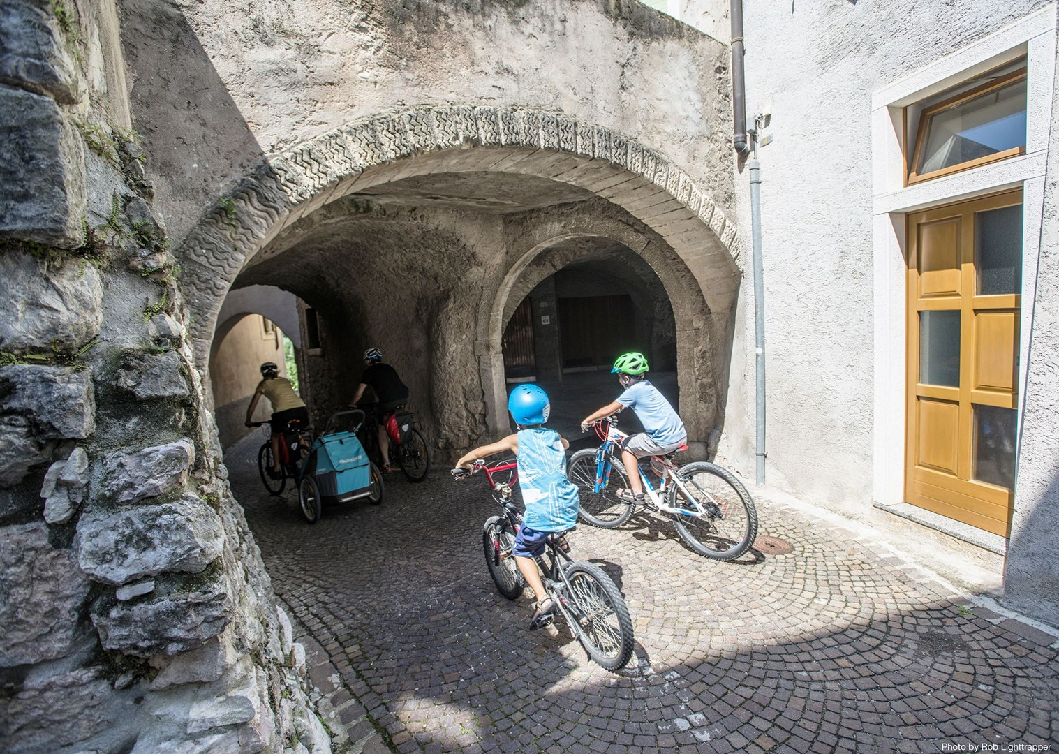 family-exploring-italy-lake-garda.jpg - Italy - Lake Garda Explorer - Self-Guided Family Cycling Holiday - Family Cycling
