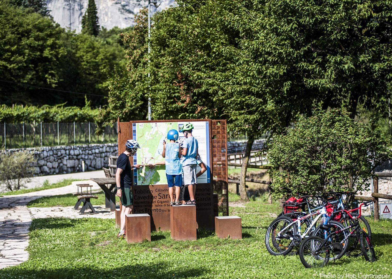 family-supported-cycling-italy-via-claudia.jpg - Italy - La Via Claudia - Self-Guided Family Cycling Holiday - Family Cycling