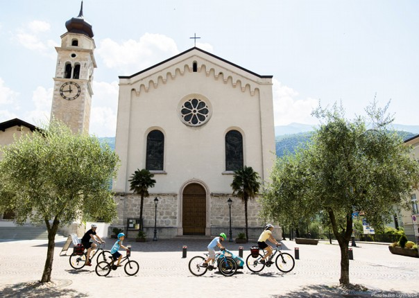 via-claudia-italy-family-supported-cycling-holiday.jpg