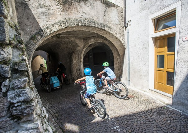 self-guided-leisure-cycling-holiday-italy-green-heart-of-umbria.jpg - NEW! Italy - Spirit of Umbria - Family Cycling