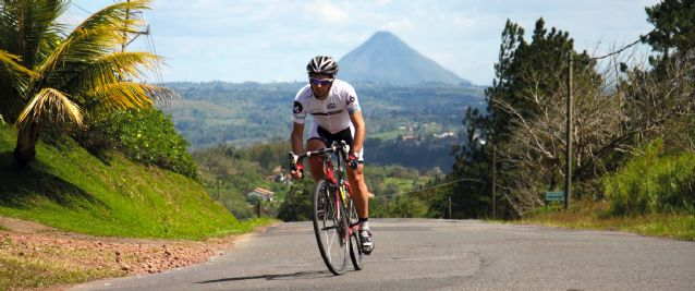 A spell-binding road cycling holiday that taking in vast areas of lush cloudforest and rainforest, magnificent volcanoes, the coast and a network of great paved roads and makes Costa Rica the perfect road cycling destination.