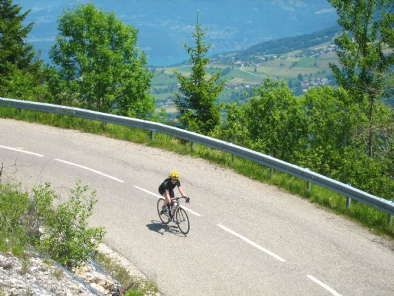 Aips 018.jpg - France - Alps Passes - Alpine Intro. - Road Cycling