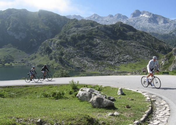 Northern Spain  - Vuelta Classics - Guided Road Cycling Holiday Thumbnail