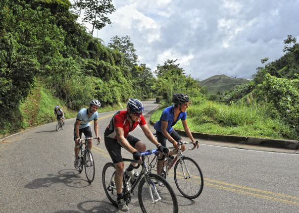 6714638843_a878ec618a_o.jpg - Colombia - Emerald Mountains - Road Cycling