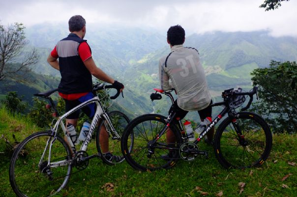 Colombia Road Cycling Holiday 10.jpg - Colombia - Emerald Mountains - Road Cycling