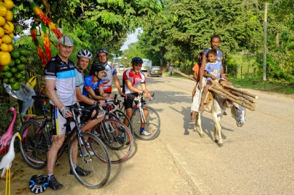 Colombia Road Cycling Holiday 20.jpg - Colombia - Emerald Mountains - Road Cycling