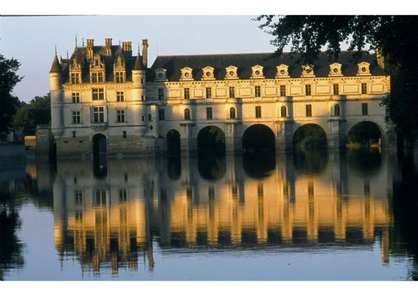 Loire 5.jpg - France - Chateaux of the Loire - Guided Cycling Holiday - Leisure Cycling