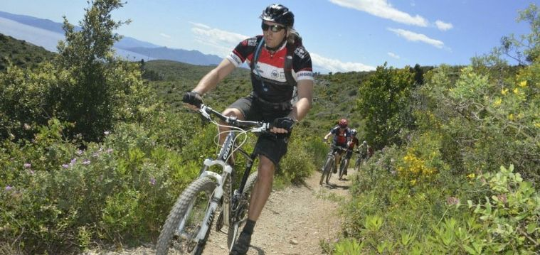Situated on the Italian Riviera and boasting a mix of coastal routes, woodland trails and sweet singletrack Liguria is one of Europe's mountain biking gems! Head there in May or September and join in the fun on this popular biking holiday!!