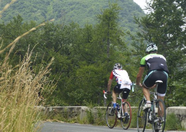 P1010673.jpg - Italy - Passes of Piemonte - Road Cycling