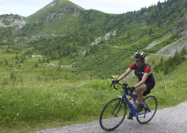 P1010721.jpg - Italy - Passes of Piemonte - Road Cycling