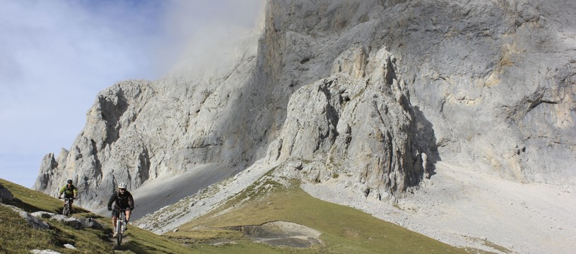 Looking to head off the beaten track this summer? We can't rate the Picos de Europa higher enough. With epic, rugged gorges and dramatic rocky outcrops, we defy anyone not to be impressed by the scenery up for grabs.
