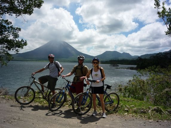 Costa Rica - Volcanoes and Valleys - Guided Family Cycling Holiday Thumbnail