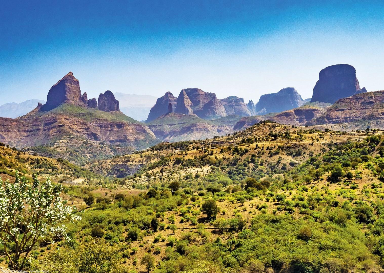 shutt.jpg - NEW! Ethiopia - Enchanting Ethiopia - Cycling Adventures