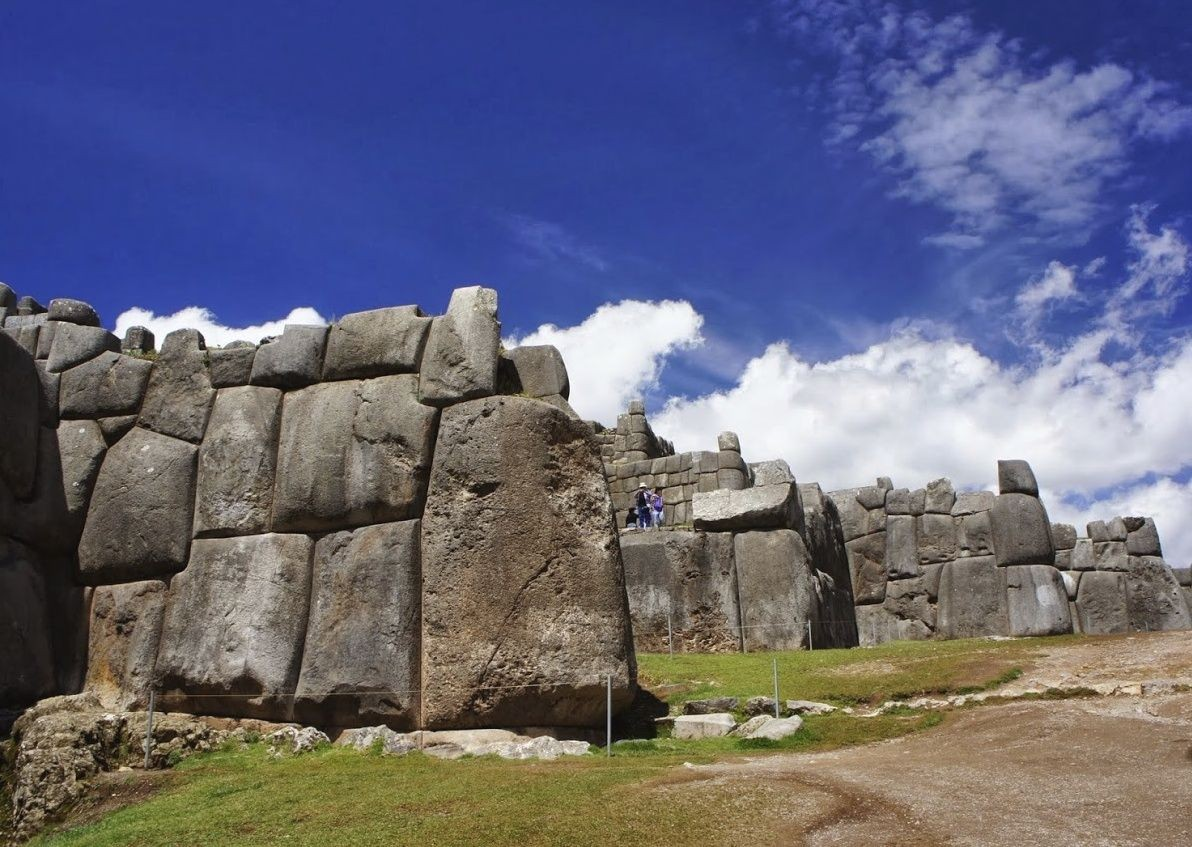Sacsayhuaman with people.jpg - Peru - Andes, Amazon and Machu Picchu - Cycling Adventures