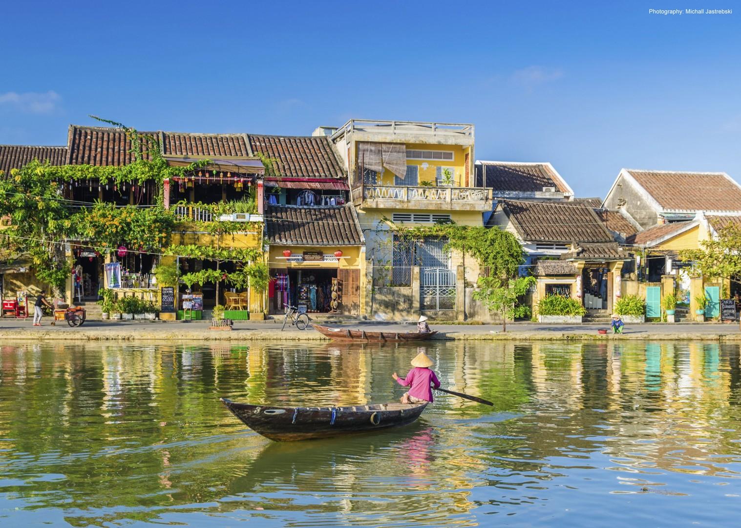 cycling-adventure-vietnam-hoian.jpg - Vietnam - Mountains and Coast - Cycling Adventures