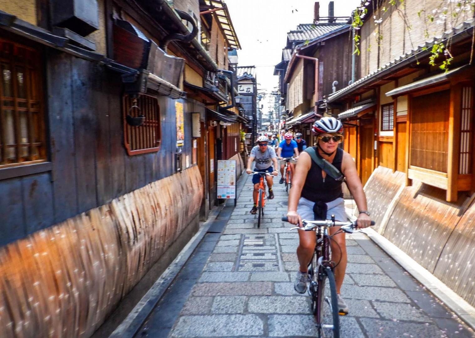 taka_22_apr_DSCF1706.jpg - Japan - Classic Japan - Fuji to Kyoto - Cycling Holiday - Cycling Adventures