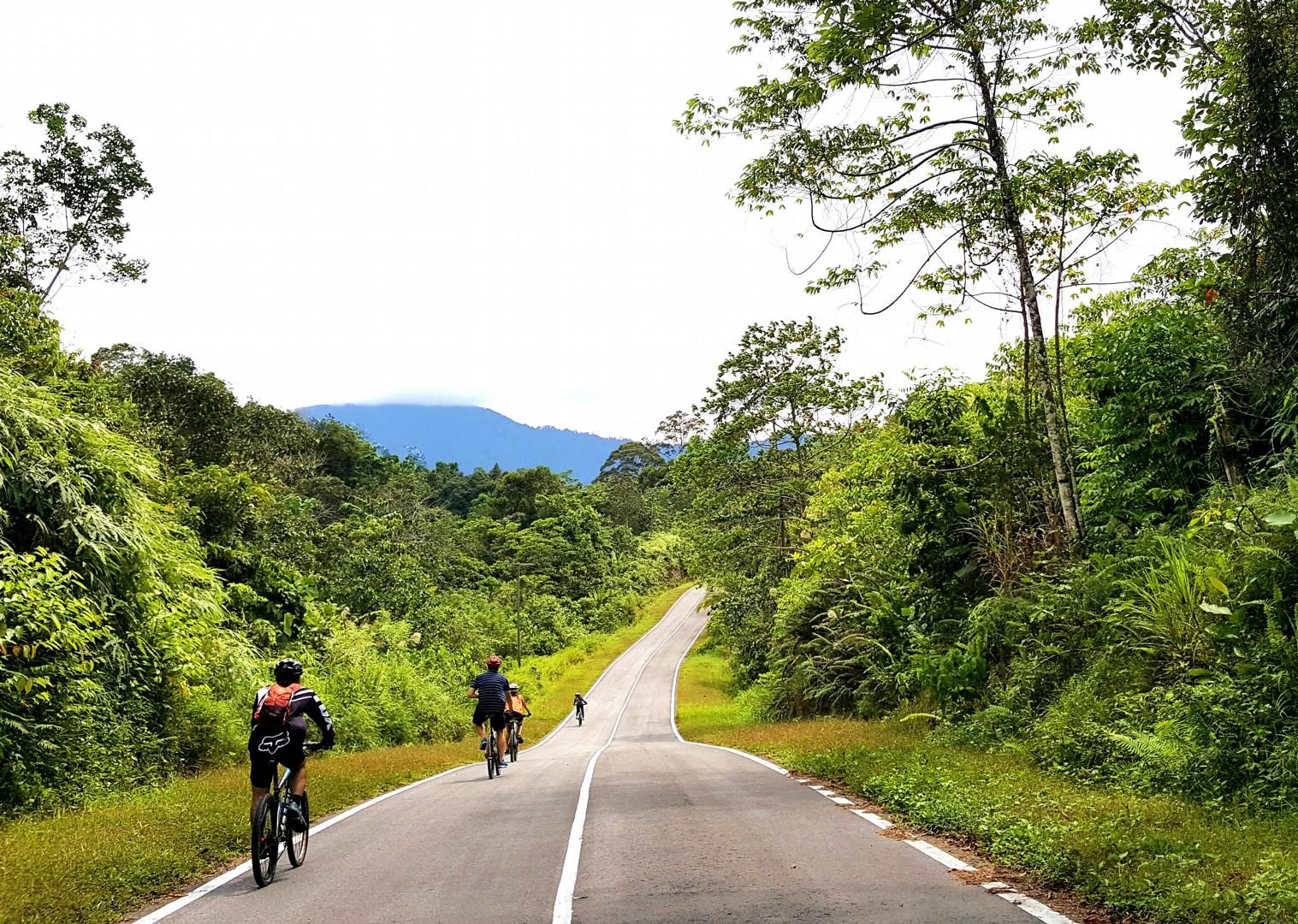 borneo-cycle-trip-skedaddle.jpg - NEW! Borneo - Secret Sarawak - Cycling Adventures