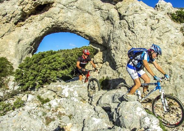 mountain-biking-tour-thrilling-remote-mountain-ranges-incredible.jpg