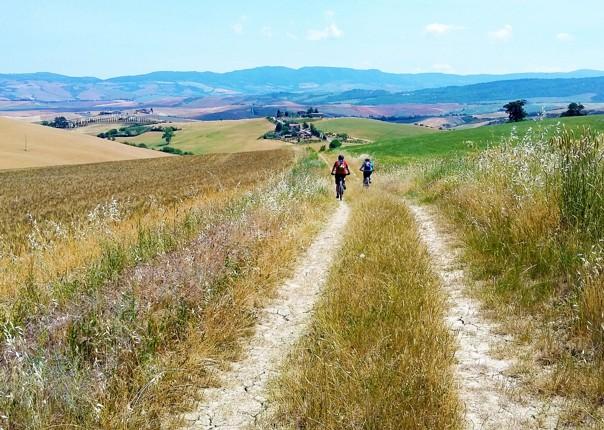 mountain-bike-holiday-saddle-skedaddle-self-guided-italy-trip.jpg