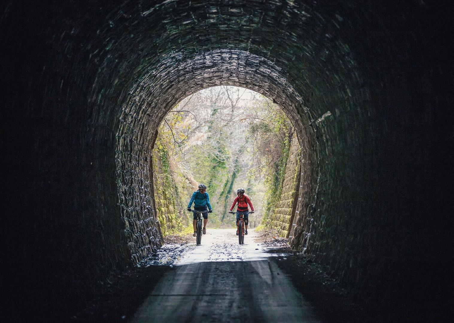 electric-mountain-bike-parenzana-croatia-biking-holiday-skedaddle.jpg - NEW! Croatia - Terra Magica - eMTB - Mountain Biking