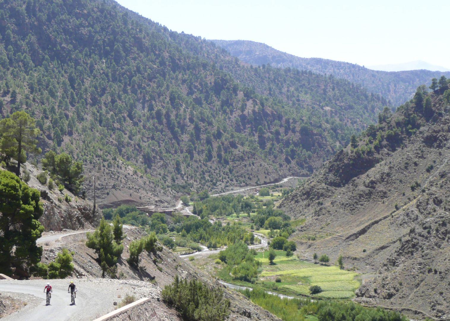 P1080123.jpg - Morocco - Atlas to Desert - Guided Mountain Bike Holiday - Mountain Biking