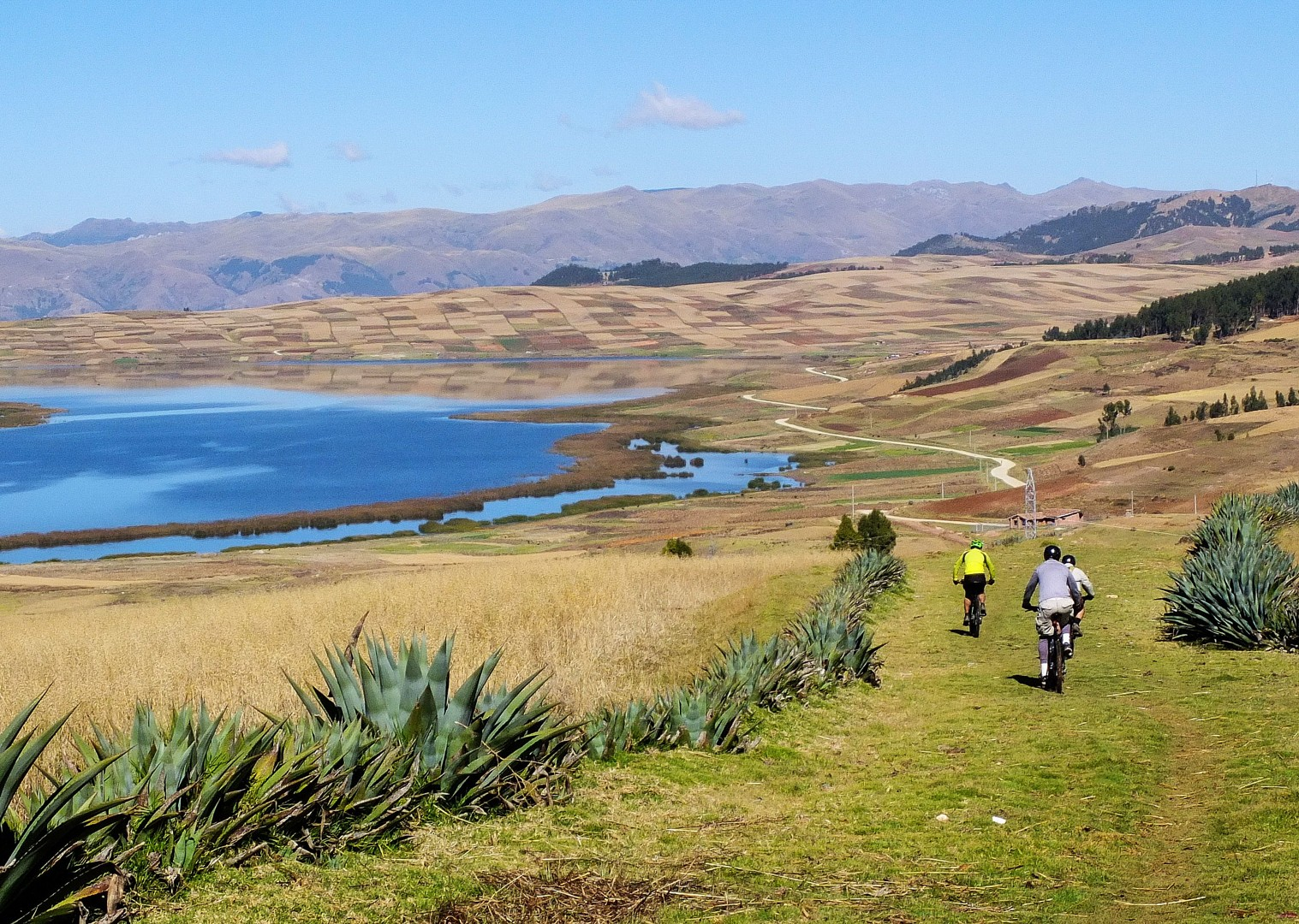 S0011661.jpg - Peru - Sacred Singletrack - Mountain Biking