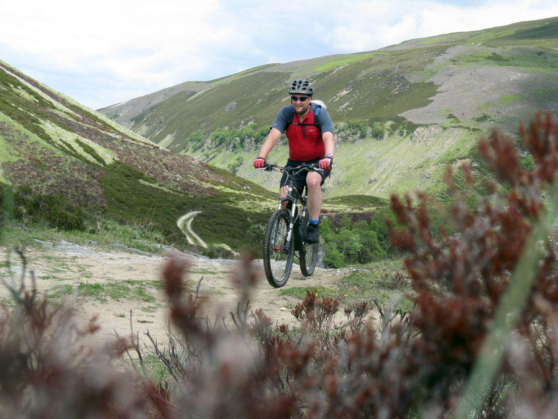 corrieyairack-pass-scotland-guided-mountain-biking.jpg - Scotland - Celtic Crossing - Guided Mountain Bike Holiday - Mountain Biking