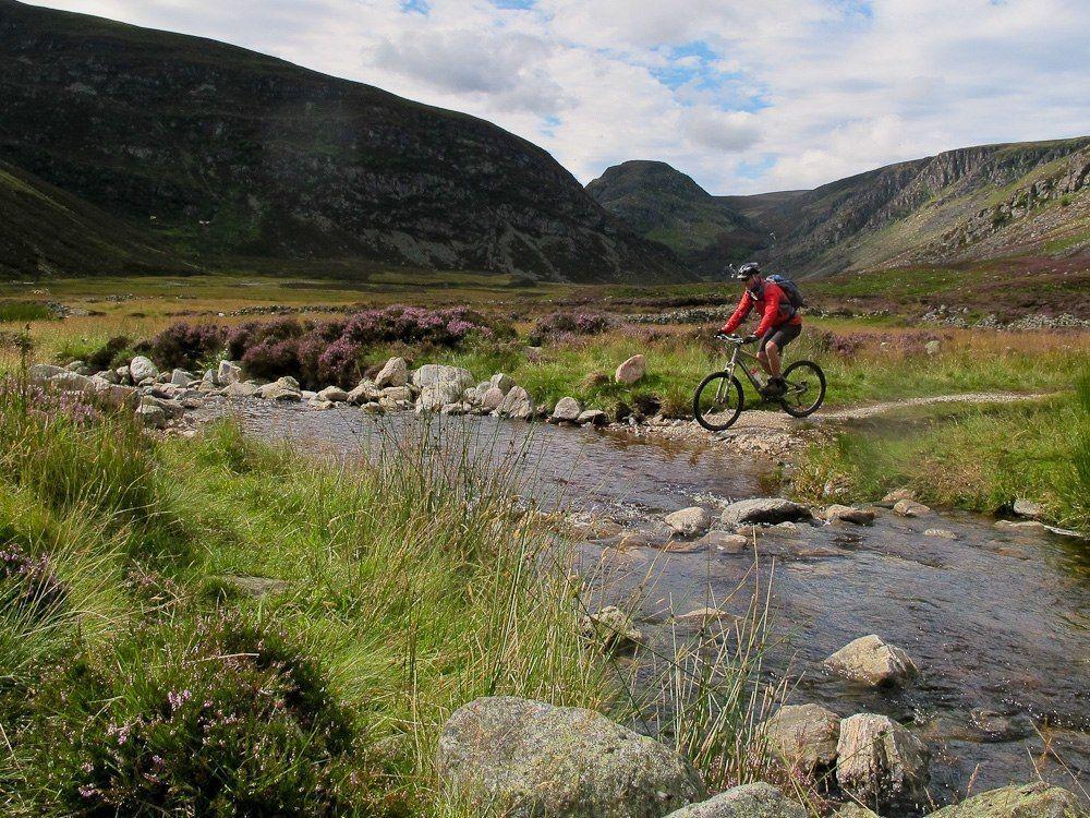 guided-mountain-biking-highlands-coast-to-coast.jpg - Scotland - Celtic Crossing - Guided Mountain Bike Holiday - Mountain Biking