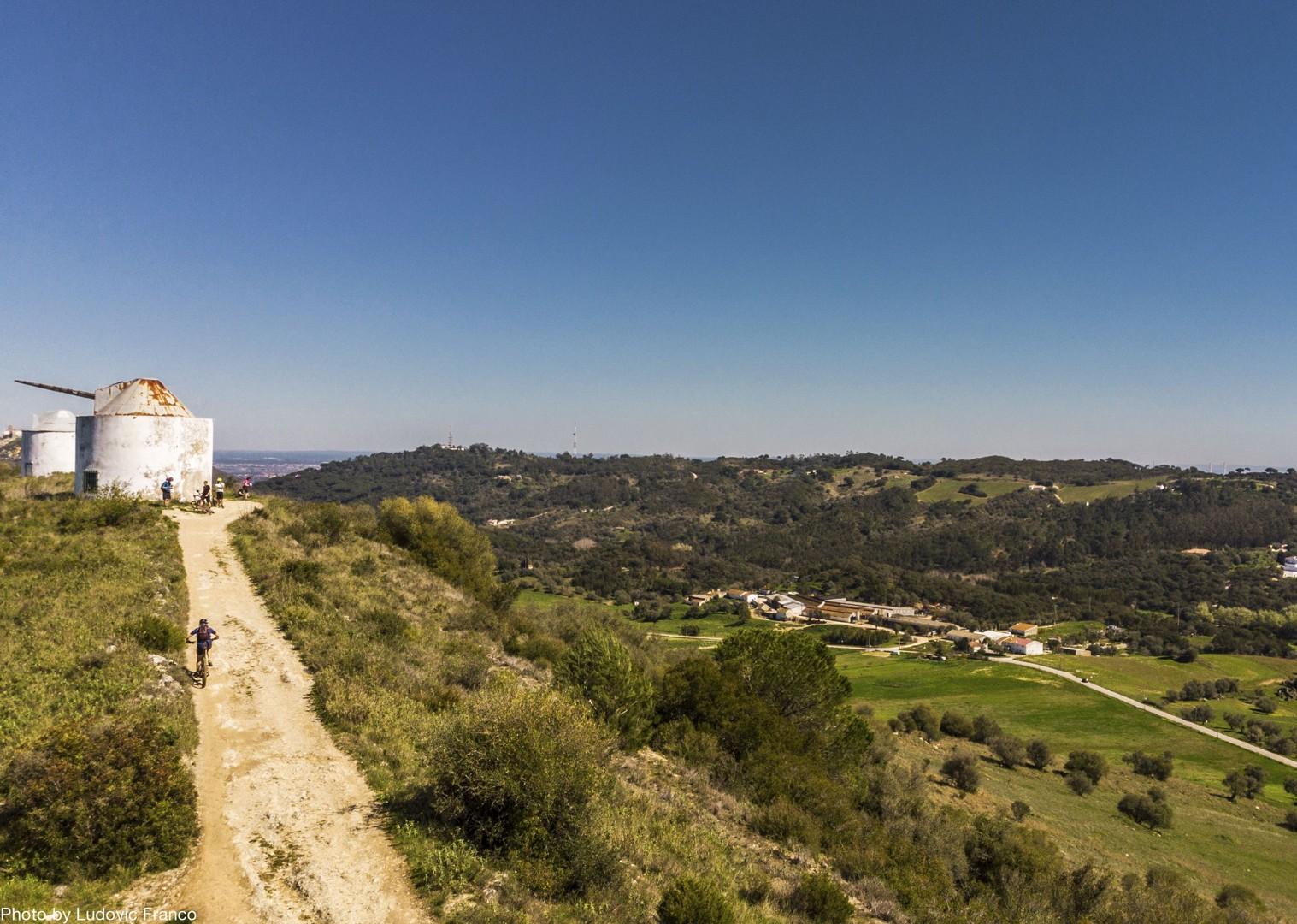 high-peaks-of-sintra-cycling-holiday-atlantic-trails-portugal.jpg - Portugal - Atlantic Trails - Mountain Biking