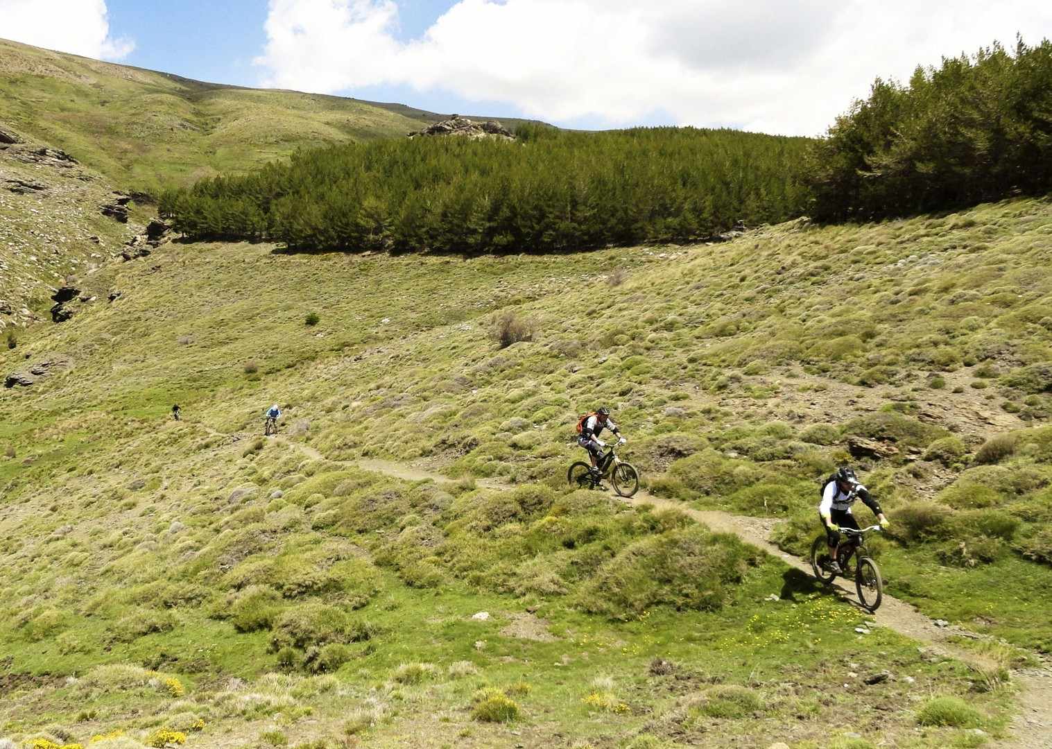 mountain-biking-holiday-in-spain-sierra-nevada-skedaddle-2.jpg - Spain - Sensational Sierra Nevada - Mountain Biking