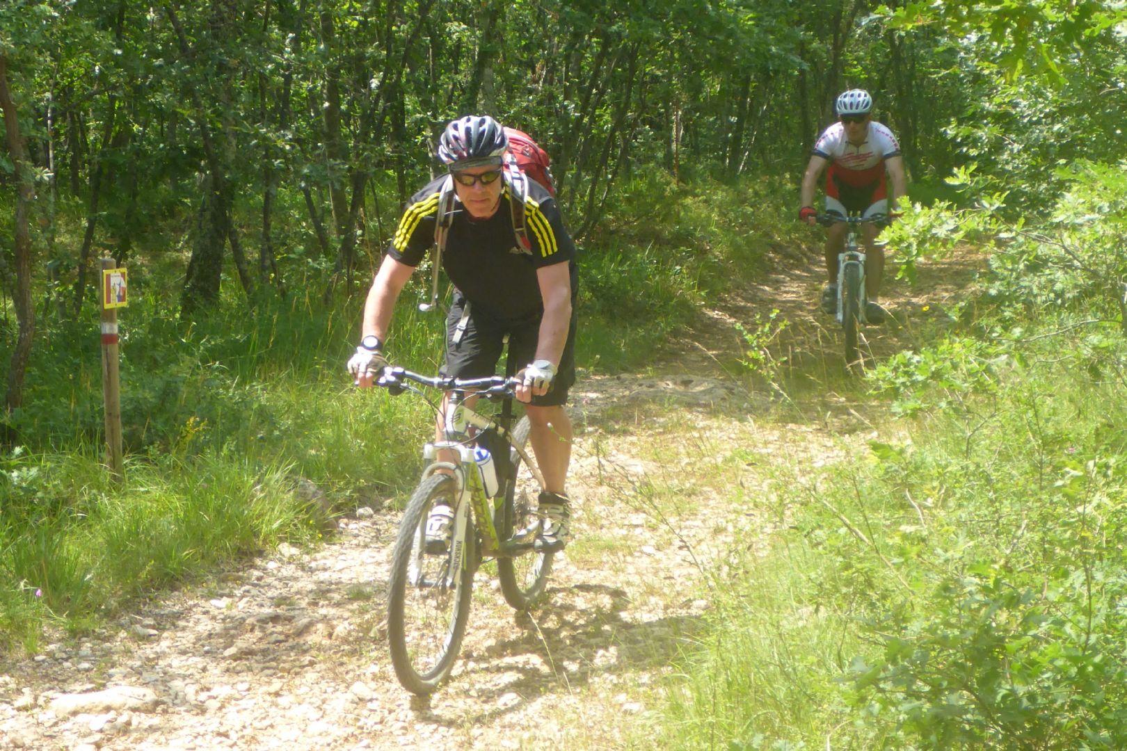 P1010574x.jpg - Italy - Tuscany - Sacred Routes - Guided Mountain Bike Holiday - Mountain Biking