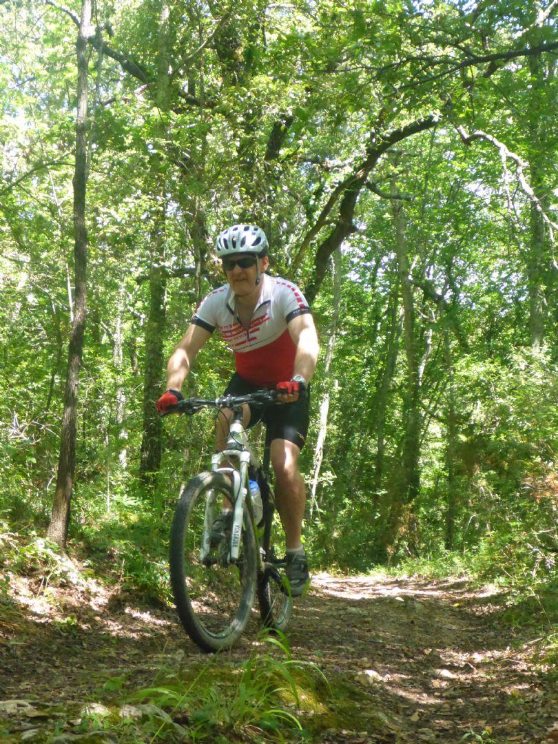 P1010605.JPG - Italy - Tuscany - Sacred Routes - Guided Mountain Bike Holiday - Mountain Biking
