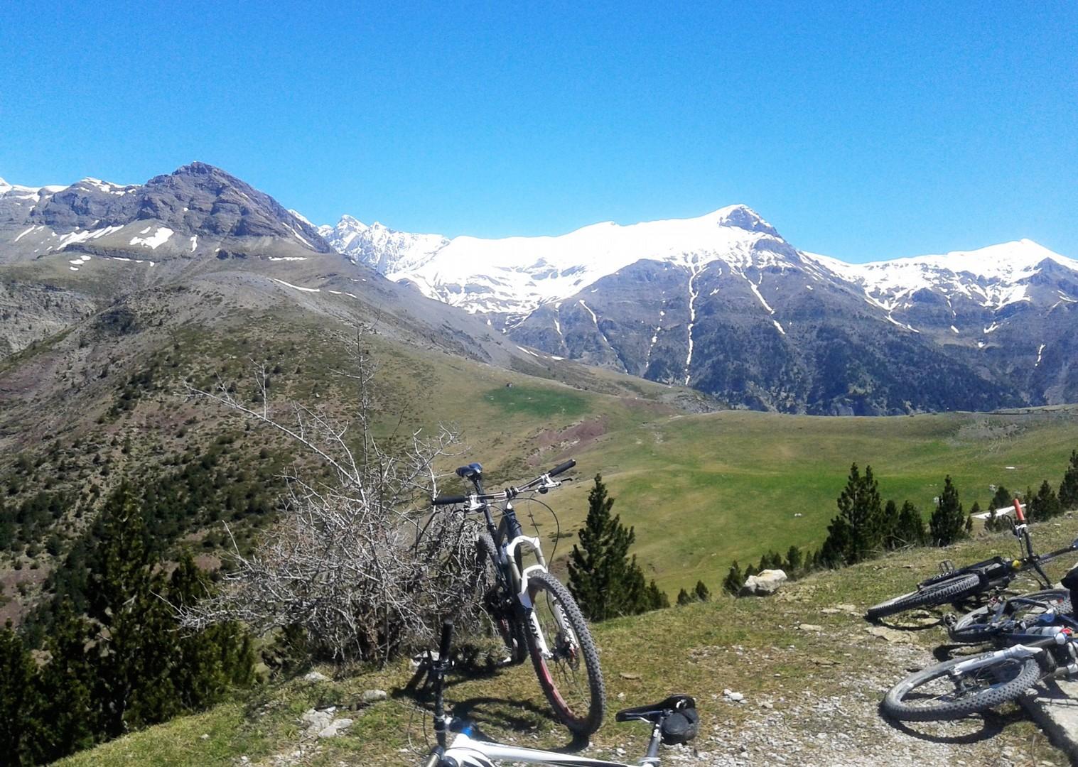 20160516_122145.jpg - Spain - Pyrenees Enduro - Guided Mountain Bike Holiday - Mountain Biking