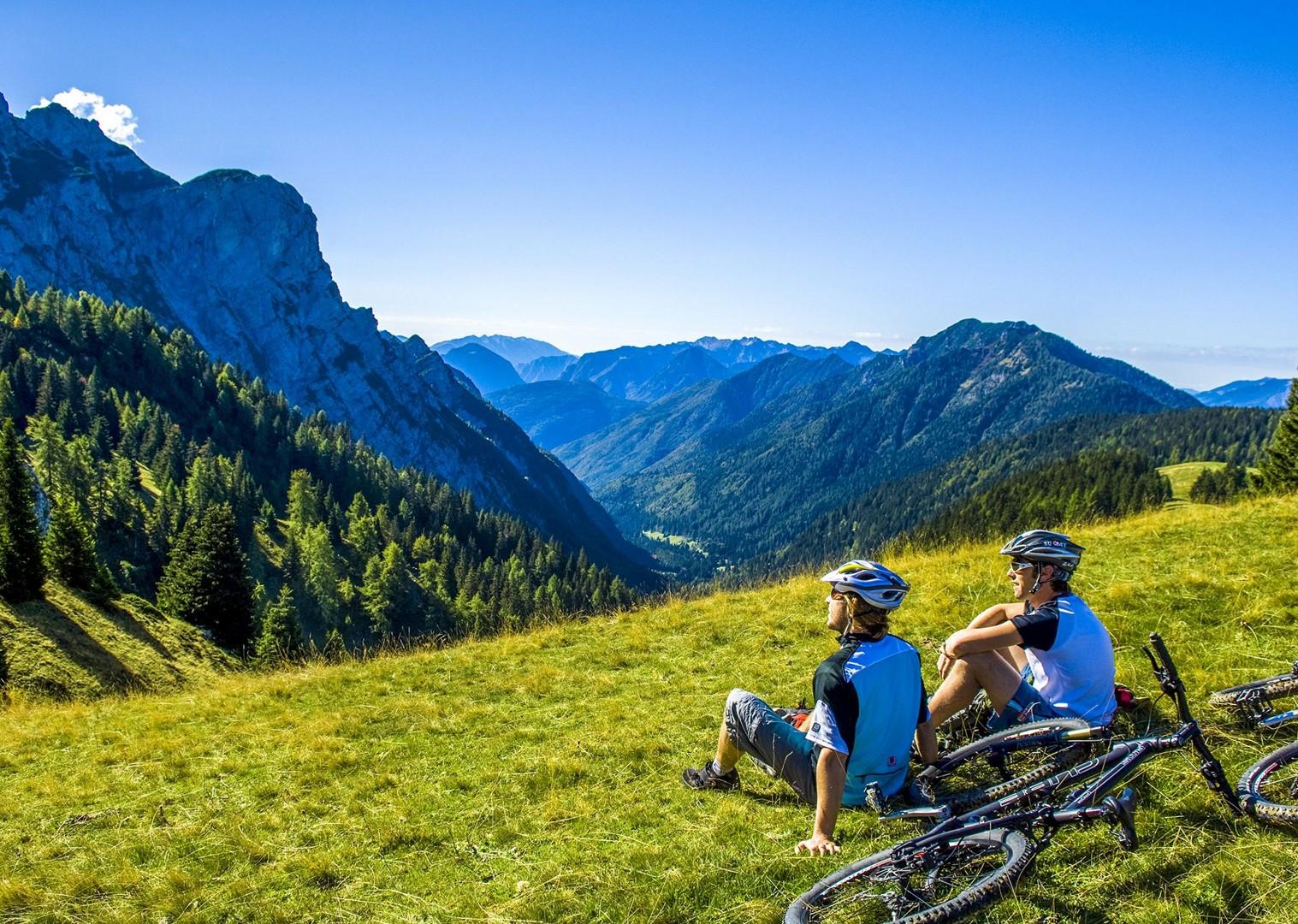 Brenta_Bike_2007_066-2.jpg - Italy - Dolomites of Brenta - Guided Mountain Bike Holiday - Mountain Biking