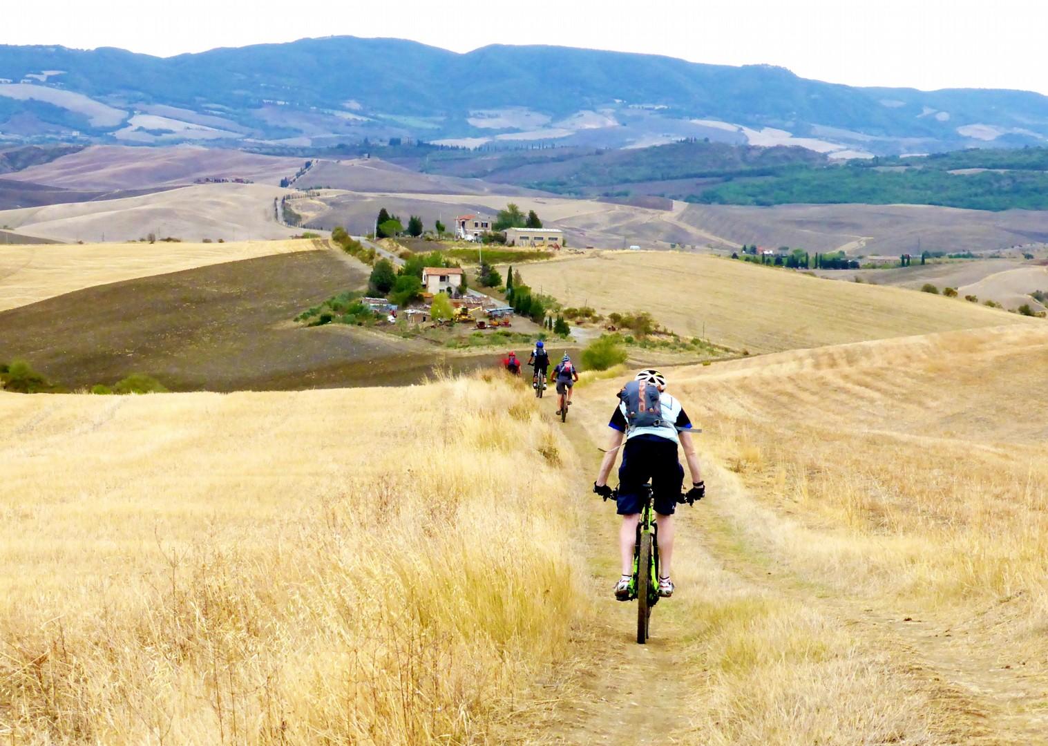 Foto 11-09-17, 12 55 10.jpg - Italy - Via Francigena (Tuscany to Rome) - Guided Mountain Biking Holiday - Mountain Biking