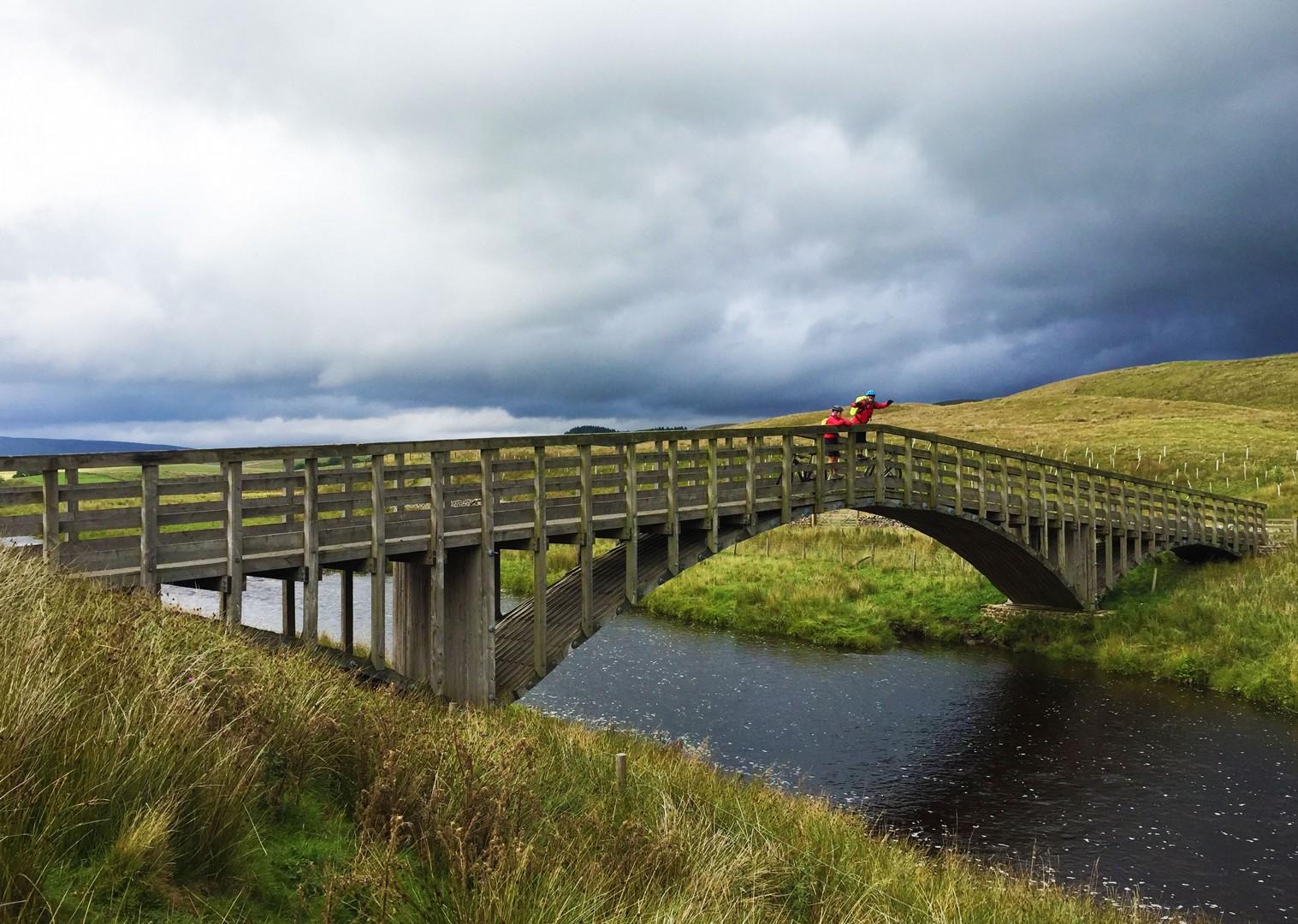 heritage-towns-settle-barnoldswick-hebden-bridge-mtb-uk.JPG - UK - Pennine Bridleway - Guided Mountain Bike Weekend - Mountain Biking