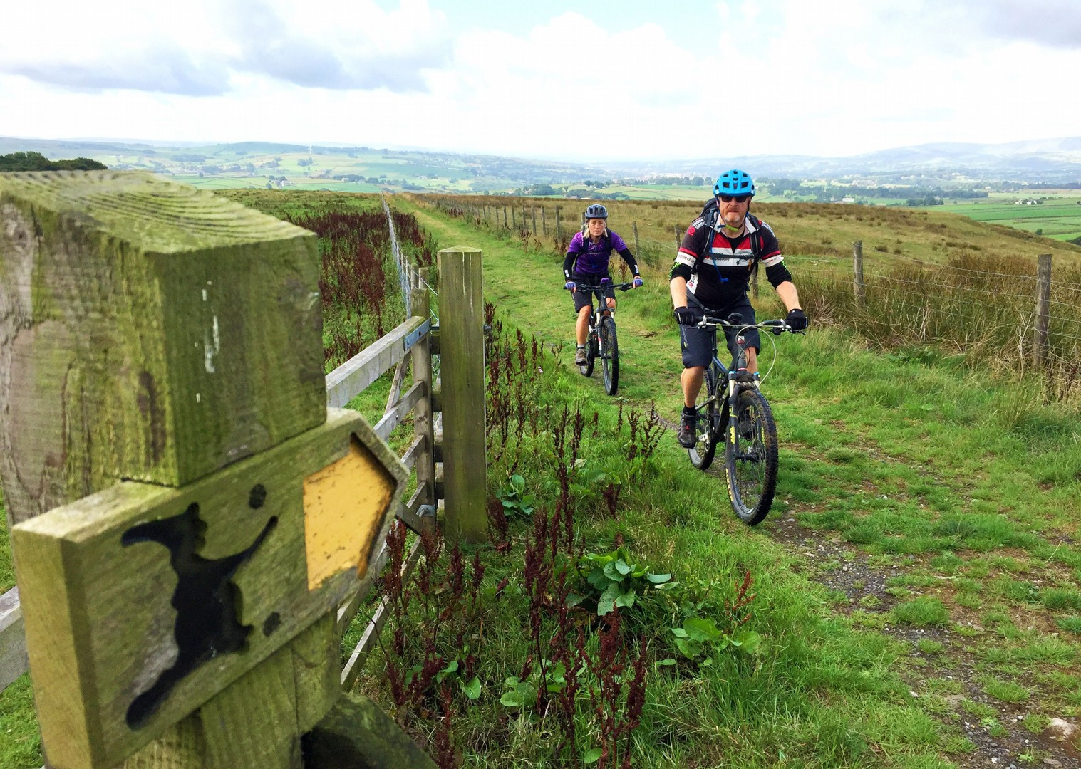 mtb-mountain-biking-cumbria-yorkshire-lancashire.JPG - UK - Pennine Bridleway - Guided Mountain Bike Weekend - Mountain Biking