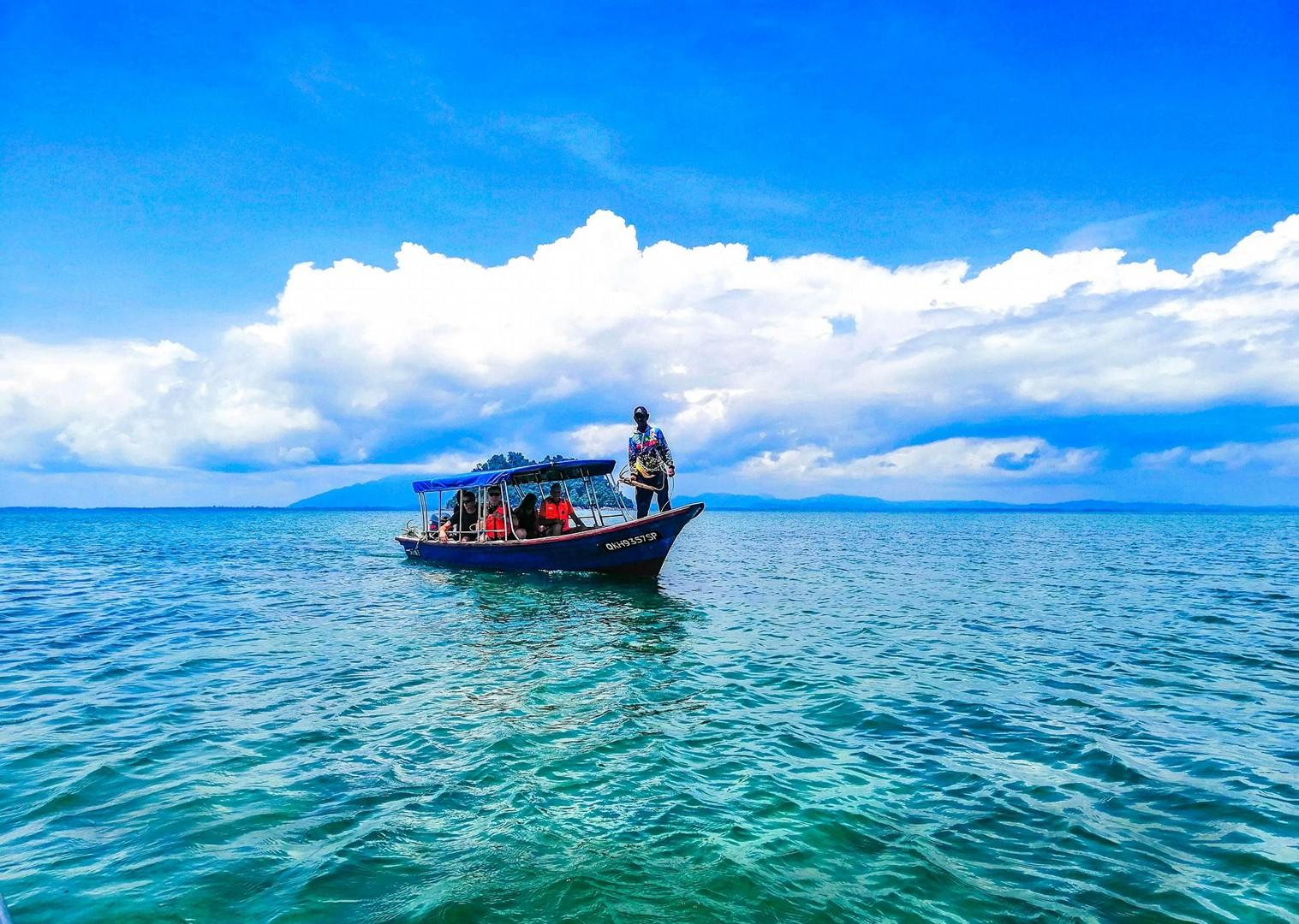 borneo-boat-trip-guided-road-cycling-holiday-with-saddle-skedaddle.jpg - Borneo - Sarawak to Sabah - Guided Road Cycling Holiday - Road Cycling
